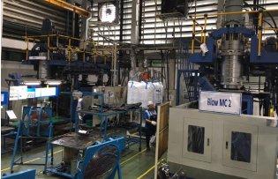 Injection molding machine, 80-ton-capacity Injection molding machine, 100-ton-capacity Injection molding machine, 180-ton-capacity